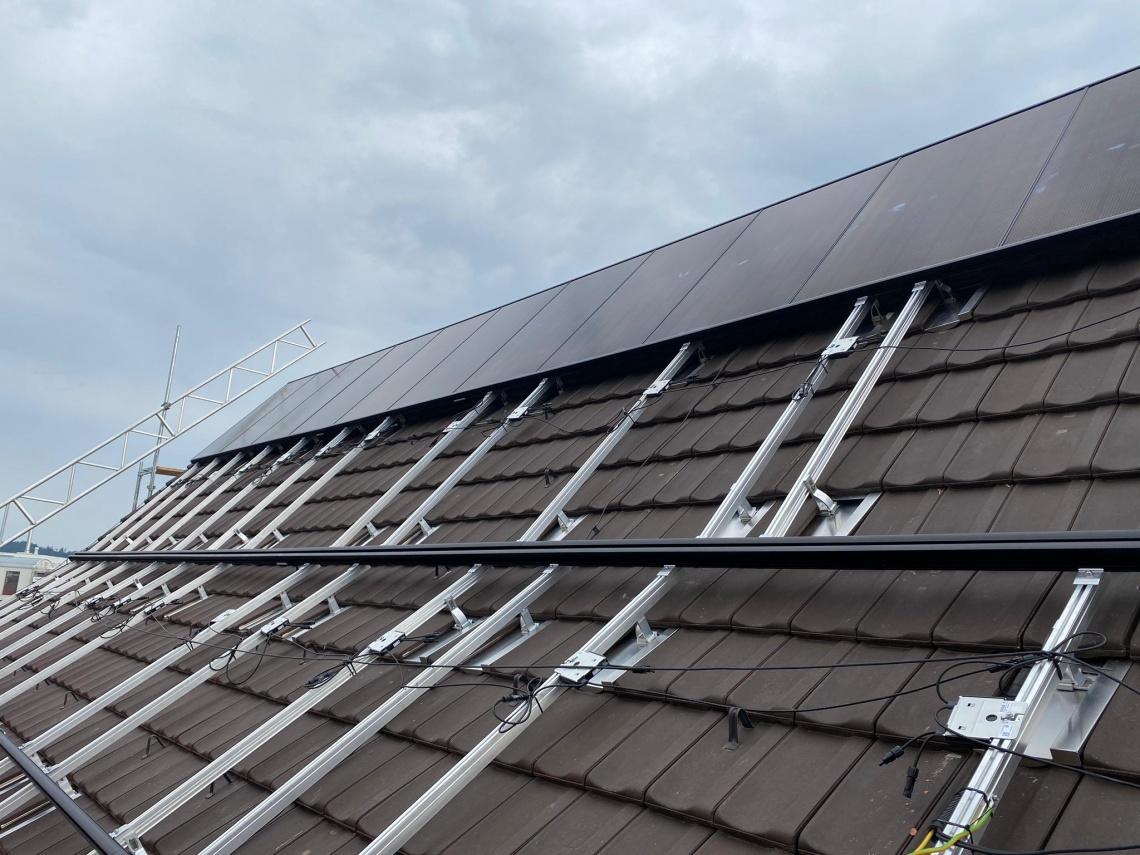Montage von Solaranlagen ()